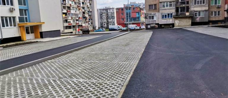 Приключи изграждането на новия паркинг за 100 автомобила до бл.76-80