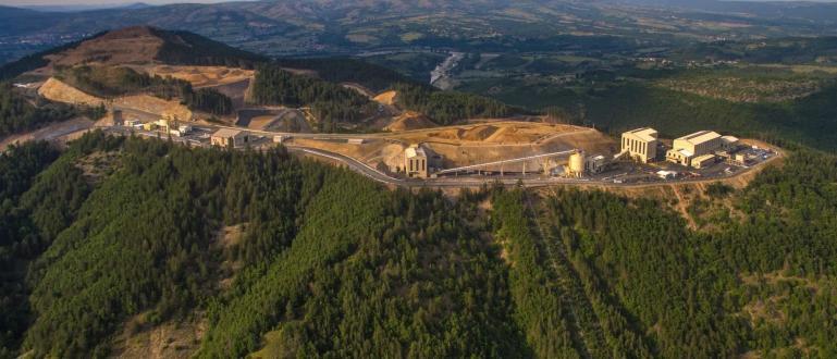 2 200 лева е средната заплата за хората от рудника