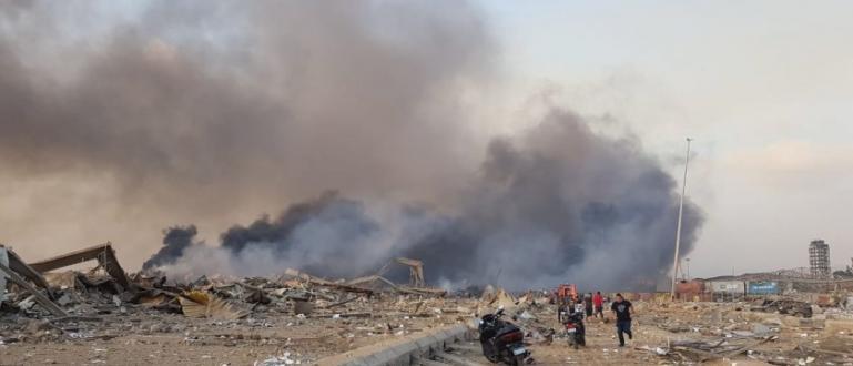 Разтърсваща експлозия вдигна днес на крак ливанската столица Бейрут. Има