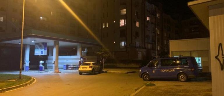 Полицаи продължават да издирват мъжа, който нападна и рани жена