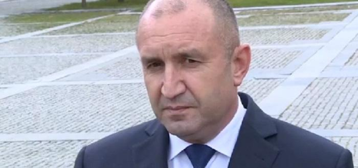 Президентът Румен Радев обяви от Пазарджик, че вече е готов