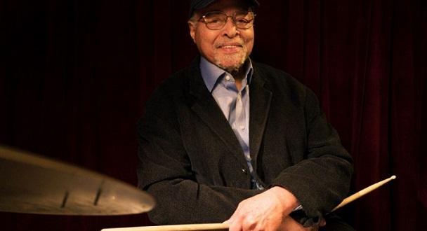 Джаз барабанистът Джими Коб, свирил за покойната легенда Майлс Дейвис,