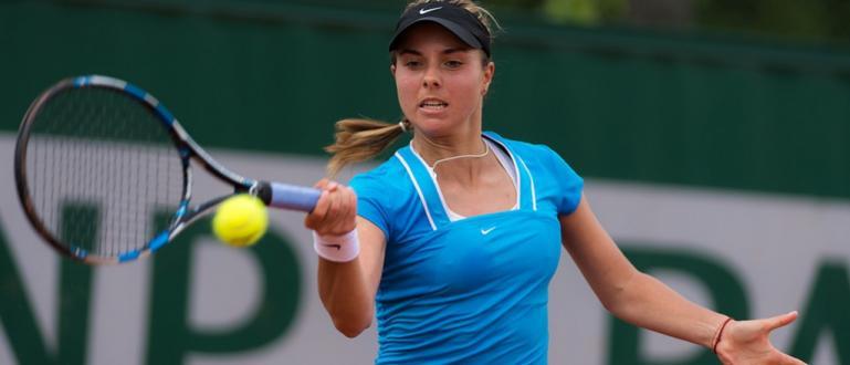 Номер 1 в българския женски тенис в момента Виктория Томова