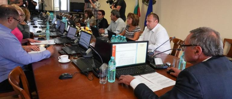 Висшият съдебен съвет (ВСС) се събира на заседание, свикано от