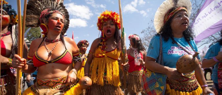 Бразилски индианци нахлуха в Министерството на здравеопазването в южноамериканската страна.