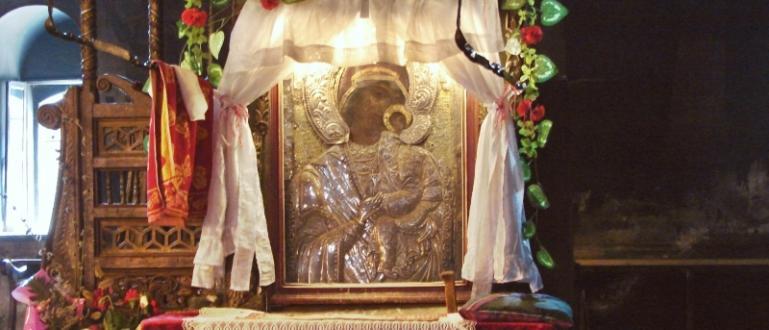 Днес е Голяма Богородица, отбелязваме Успение Богородично.Хиляди вярващи от цяла
