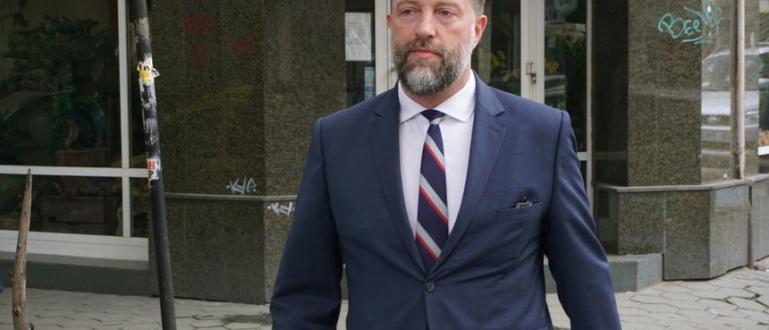 Със свой указ държавният глава Румен Радев освободи днес Иво