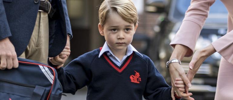 Принц Джордж се надява Дядо Коледа да му донесе неща,