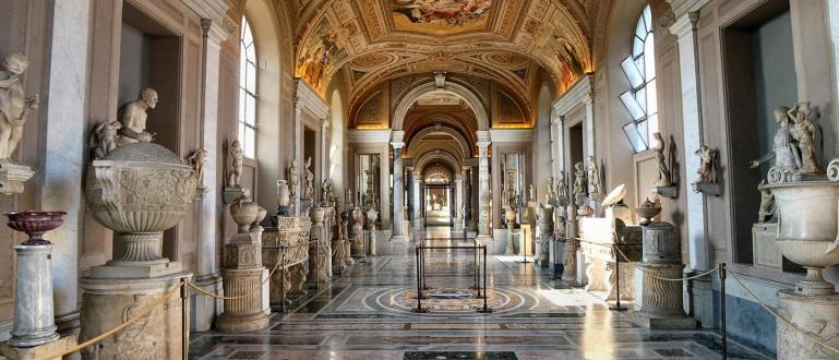 Музеите във Ватиканаотвориха на 1 юни, като всички посетители трябва
