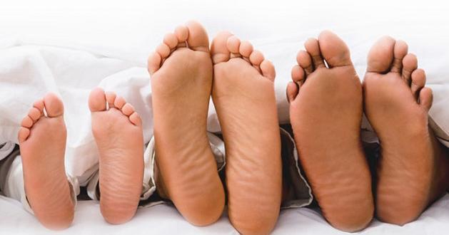 Студените крака могат да бъдат показател за съдови и неврологични
