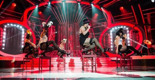 С мюзикъл и впечатляващи детайли Рафи покори публиката и завоюва