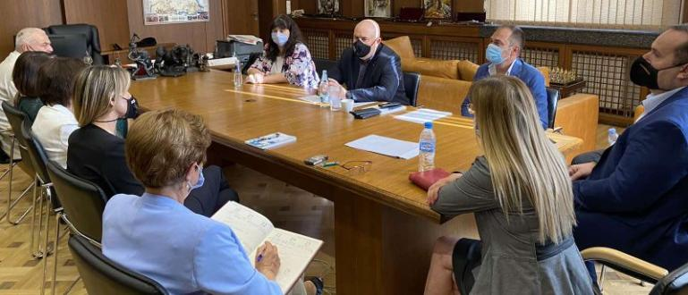 Главният прокурор Иван Гешев прие в Съдебната палата в София