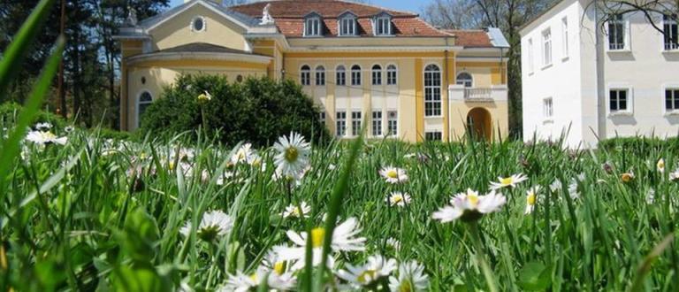Най-старият балнеолечебен курорт в България – Вършец навърши 170 години.