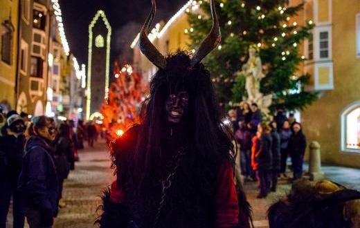 Никулден е сред най-светите празници за православните християни.В Западна Европа,