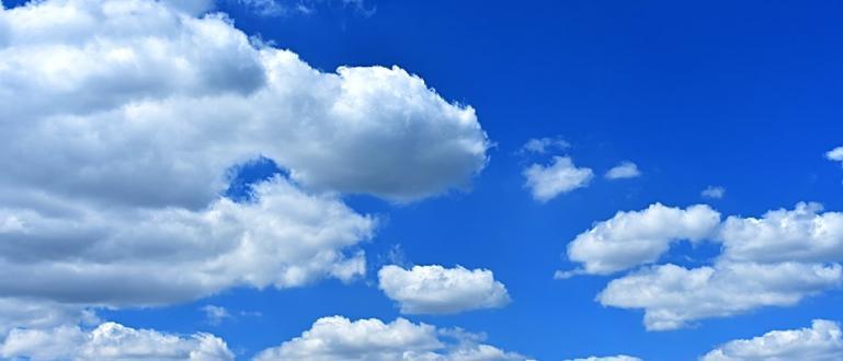 Днес ще преобладава слънчево време. Около и след пладне над