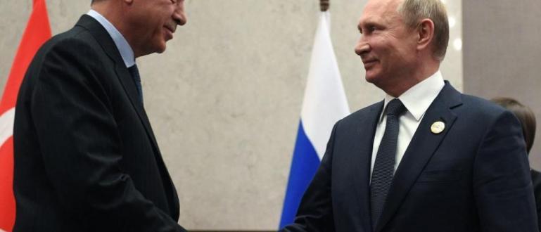 Турският президентРеджеп Тайип Ердоганще отиде на 22 октомври в Русия,