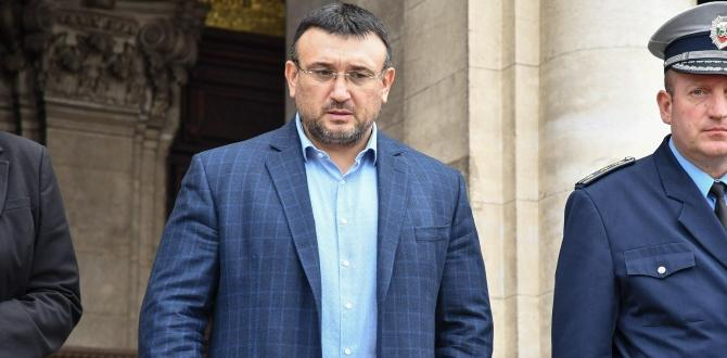 Вътрешният министър Младен Маринов е събрал професионалното ръководство на МВР