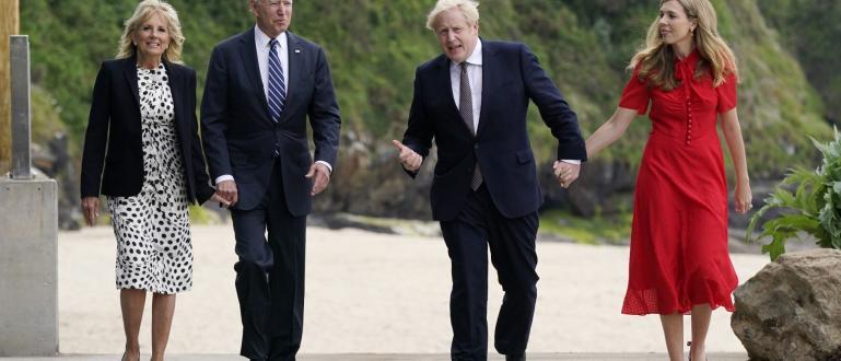 Президентът на САЩ Джо Байдън подари на британския премиер Борис