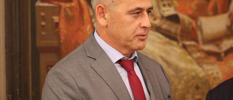 Шефът на Националната служба за охрана (НСО)генерал-майор Данчо Дяков да
