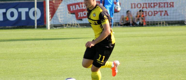 Талантливият Кристиан Добрев се завръща в отбора наБотев (Пловдив), съобщиха