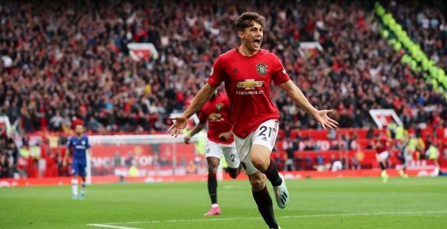 Завършилият на шесто място през миналата кампания – Манчестър Юнайтед,