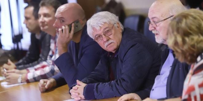 Въпреки обещанието на премиера Бойко Борисов, че няма да бъде