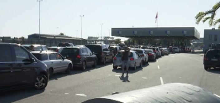Рекорден трафик на Капитан Андреево отчетоха от Гранична полиция.За 24