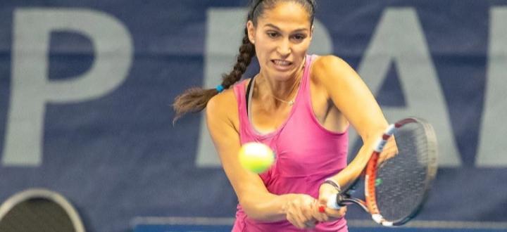 Българската тенисистка Изабелла Шиникова започна с победа участието си в