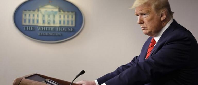 Американският президент Доналд Тръмп се зарече, че ще разположи редовни