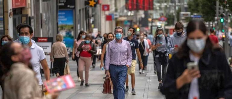 Коронавирусът вероятно ще излезе извън контрол в Германия, предупреди днес