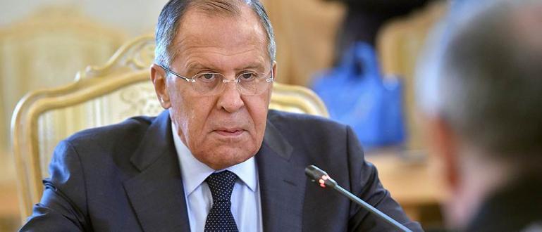 Руският външен министър Сергей Лавров се е самоизолирал след контакт