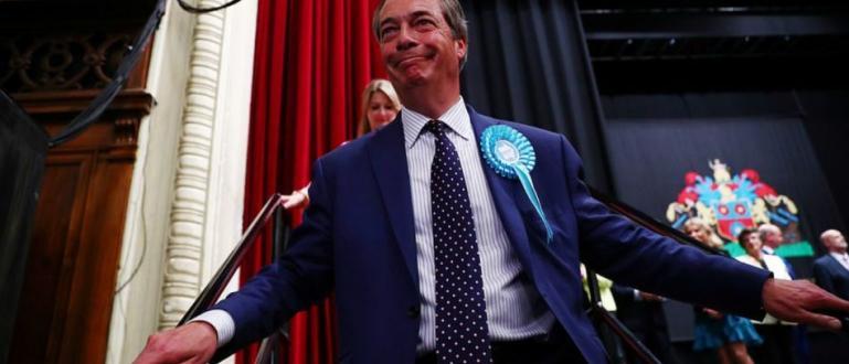 Брекзит партията на популиста Найджъл Фарадж води на изборите в