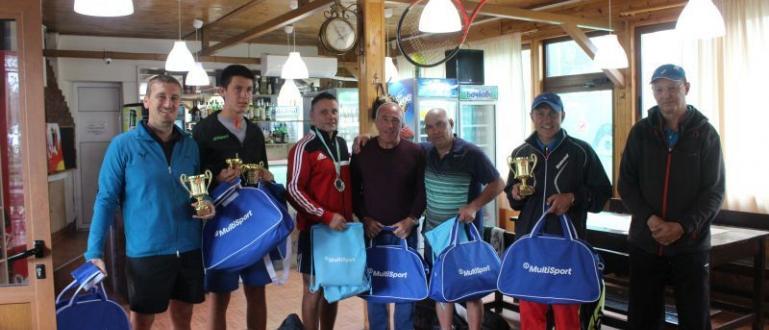 Бившият еврошампион по борба Ангел Бабанов стана хит на турнира