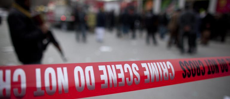 Най-малко 63 души са убити, а 182 са ранени при