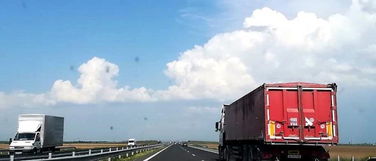 Очаква се отдавна необходимото решение за движението по автомагистралите през
