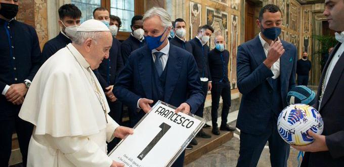 Отборът на Специя проведе специална среща с папа Франциск във