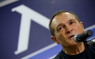 Собственикът на футболния Левски Васил Божков говори тази вечер пред