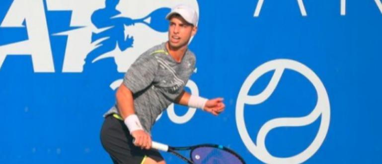Адриан Андреев спечели без загубен сет титлата на тенис турнира