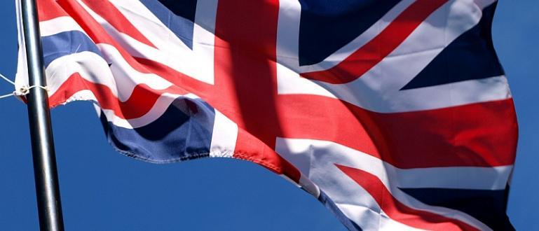 Британският външен министър Доминик Рааб потвърди днес, че Великобритания спира