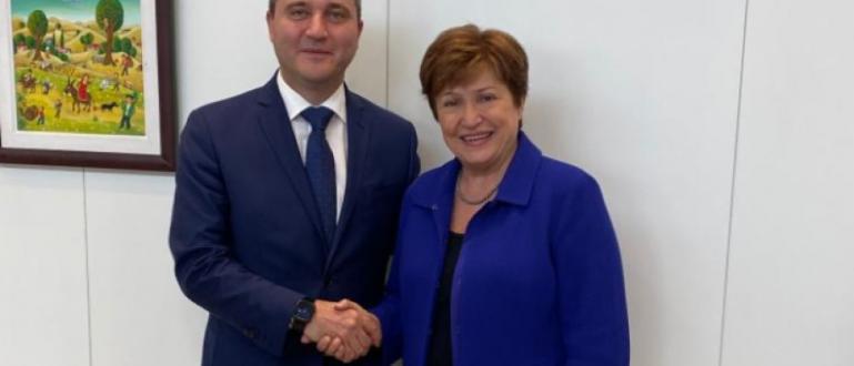 Двамата обсъдиха глобалното икономическо развитиеМинистърът на финансите Владислав Горанов се
