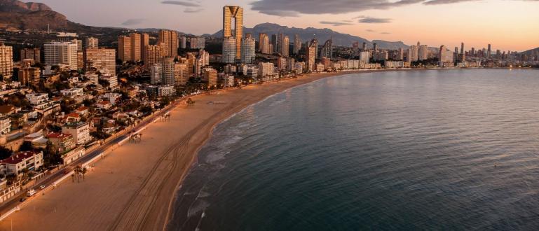 Туристите, които това лято ще почиват в Испания, ще трябва