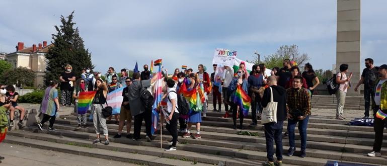 Снимка: ФлагманНапрежение се нагнети между участници в протест и контрапротест