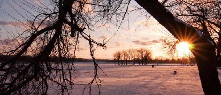 Топло и студено време се редуват през март.В понеделник минималните