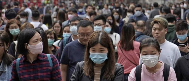 Броят на потвърдените случаи на пневмония, причинени от новия тип