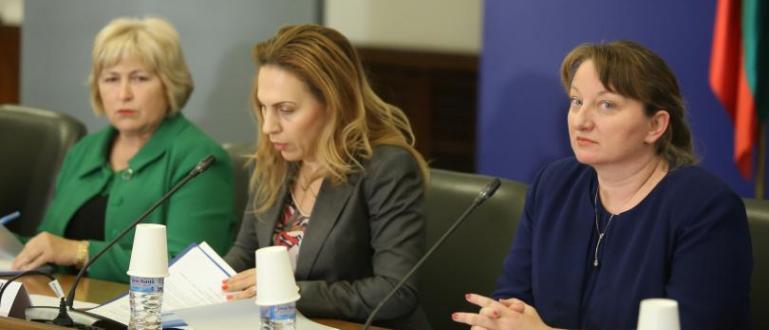 Заседавалият днес Национален съвет за тристранно сътрудничество (НСТС) постигна принципна