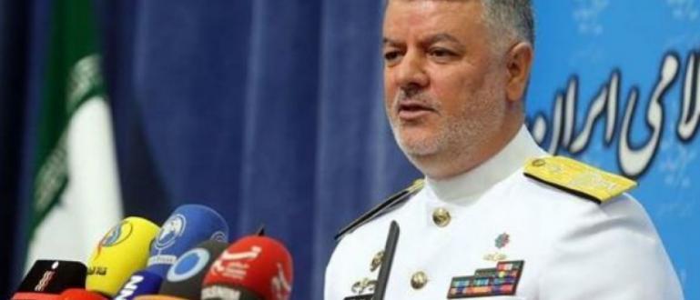 Иранският военноморски адмирал Хосейн Ханджи предупреди в понеделник САЩ, че