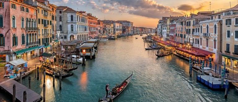 Градският съвет на Венеция предприе мерки за решаване на проблемите