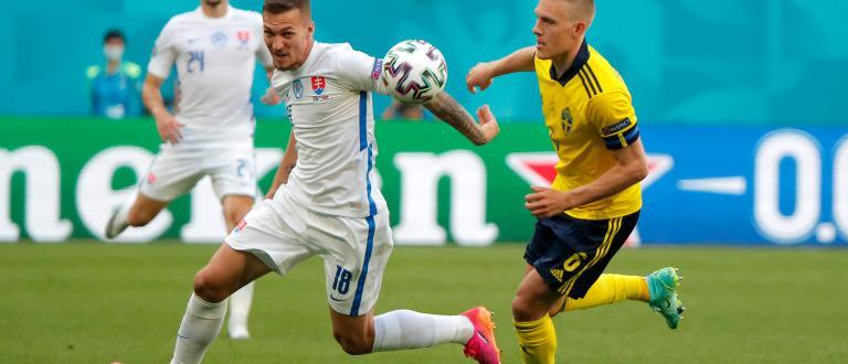 Швеция победи Словакия с 1:0 в мач от група Е