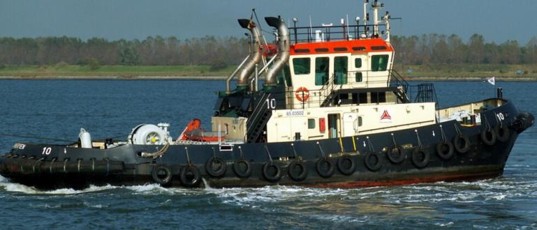 Пирати нападнаха търговския кораб на Южна Корея CK Bluebell недалеч
