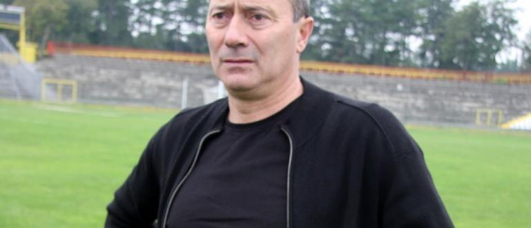 Последният треньор, извел Левски до шампионска титла, Емил Велев, обяви